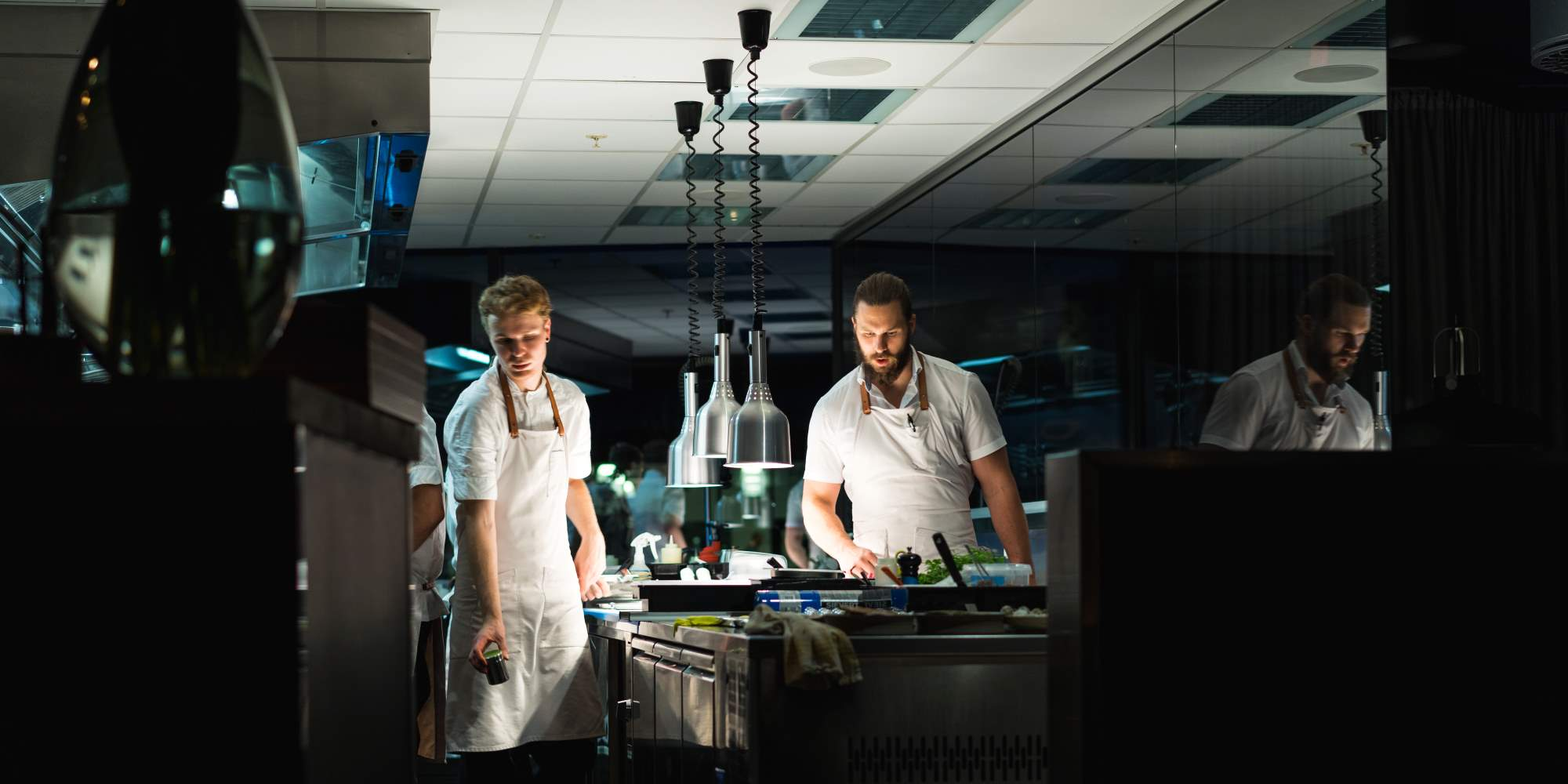 Chefs in the kitchen at Restaurant Kontrast