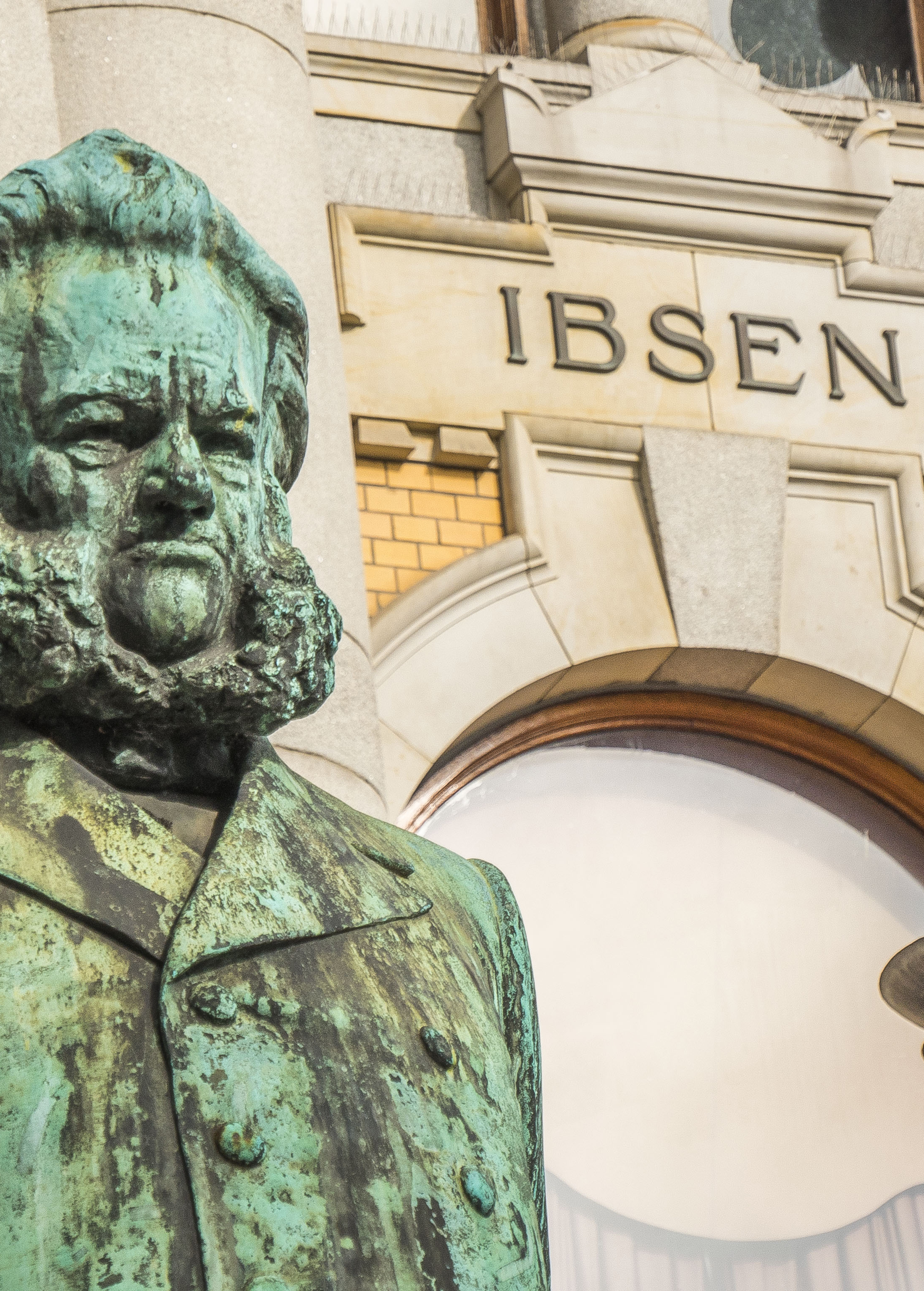 Ibsen in front of Oslo's National Theatre
