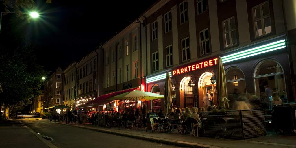 Parkteatret by night
